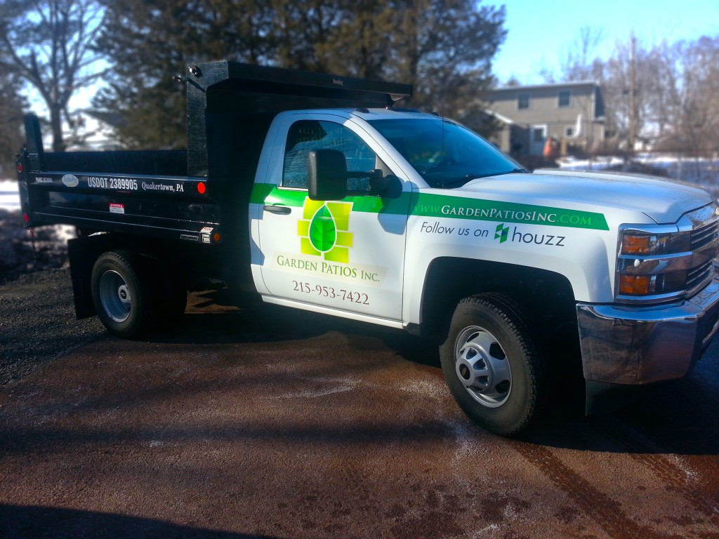 Pickup Truck Lettering and Graphics